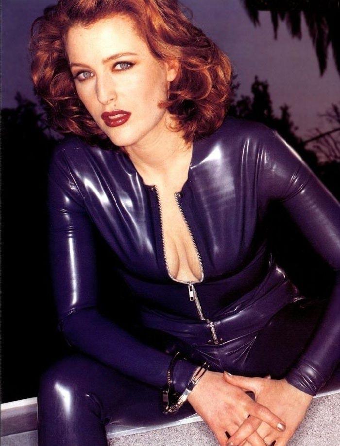 Gillian Anderson nackt und sexy » SexyStars.online - Die
