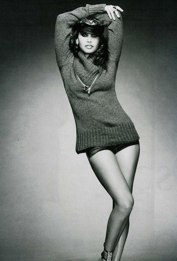 Джина Гершон голая. Фото - 10