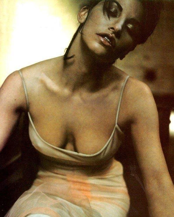 Джина Гершон голая. Фото - 27