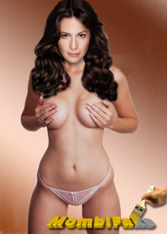 Holly Marie Combs nude. Photo - 1