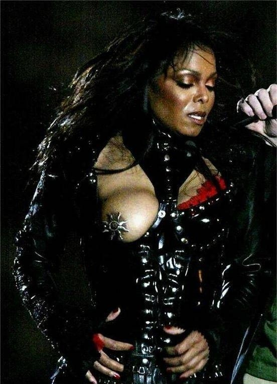 Janet Jackson nude. Photo - 2