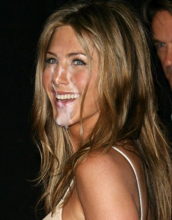 Jennifer Aniston nude. Photo - 46