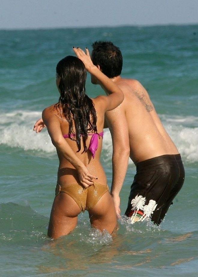 jessica-alba-bikini-sex-nude-hot-chilean-girls