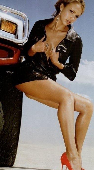 Джессика Альба голая. Фото - 7