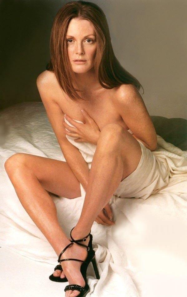 Джулианна Мур голая. Фото - 2