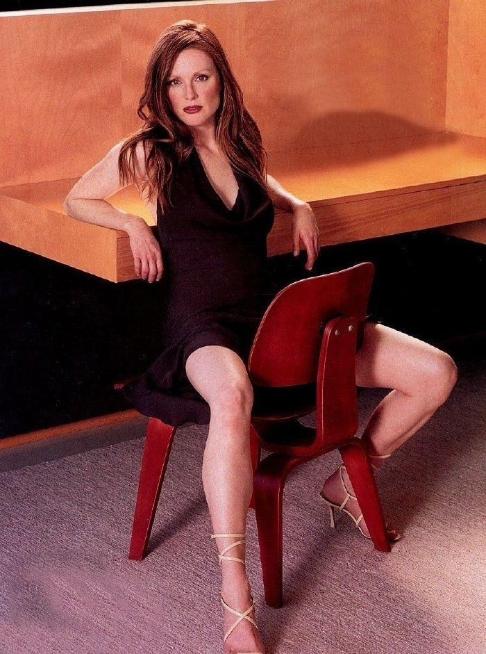 Джулианна Мур голая. Фото - 24