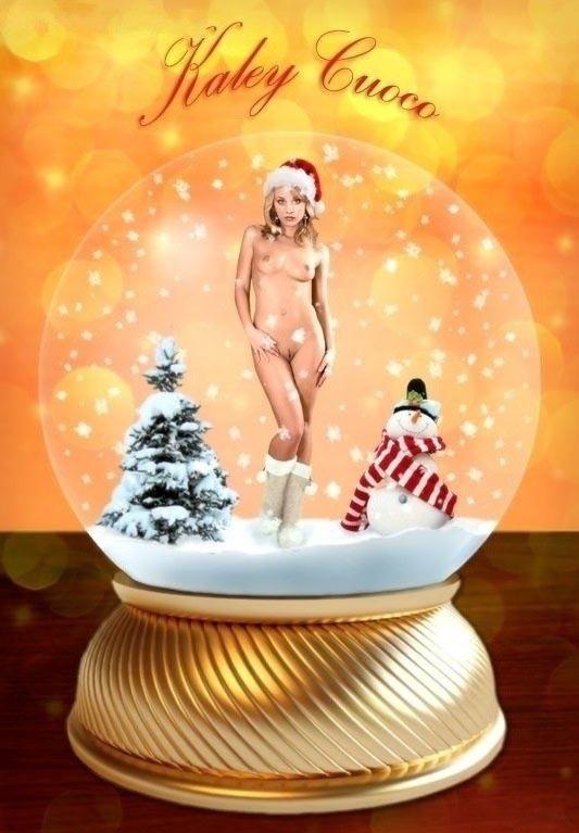 Кейли Куоко голая. Фото - 4