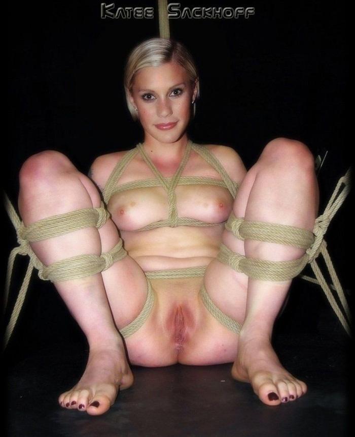 Кэти Сакхофф голая. Фото - 9
