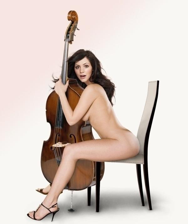 Кэтрин Макфи голая. Фото - 11