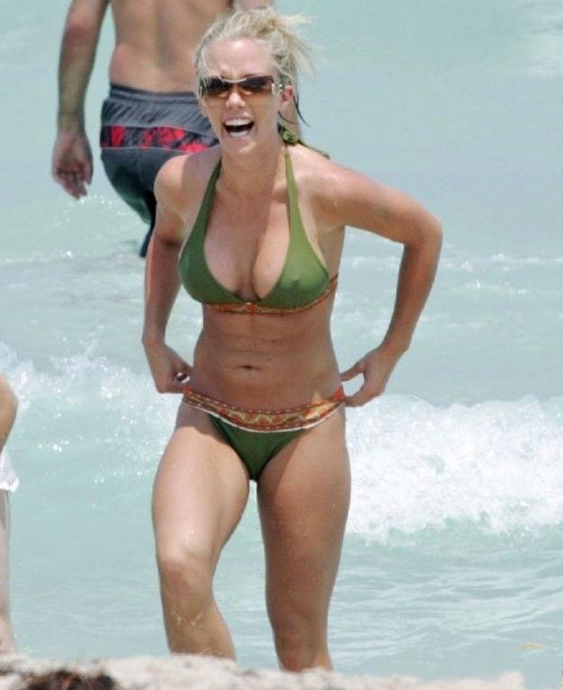 Кендра Уилкинсон голая. Фото - 10