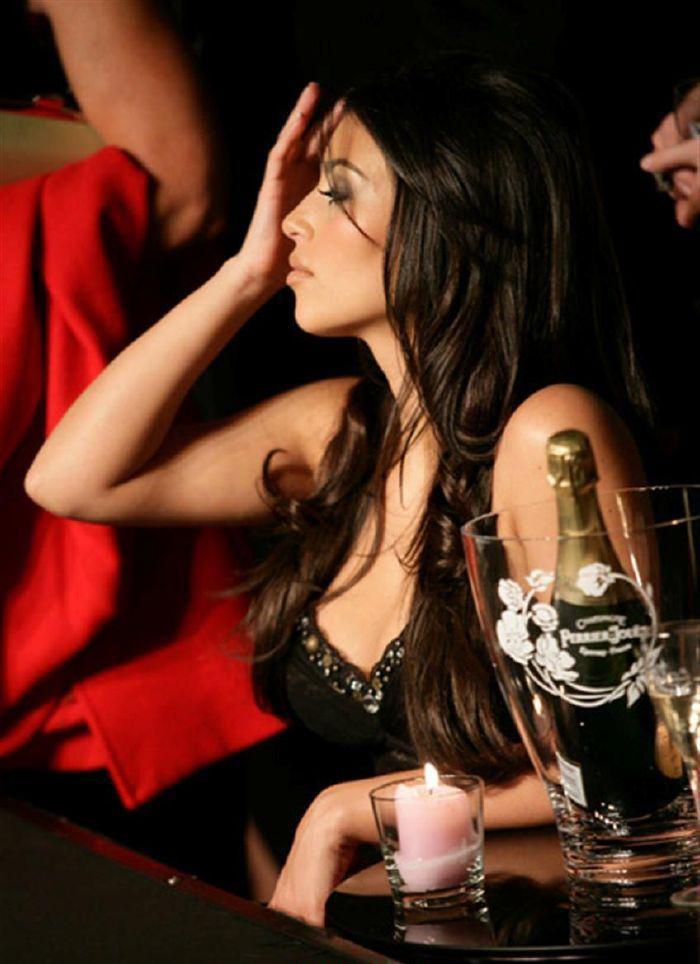 Ким Кардашян голая. Фото - 3