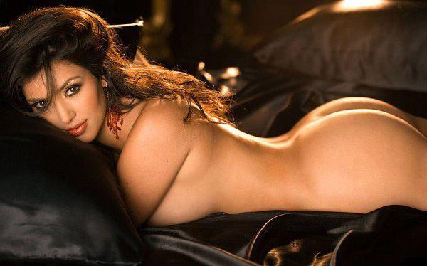 Ким Кардашян голая. Фото - 32