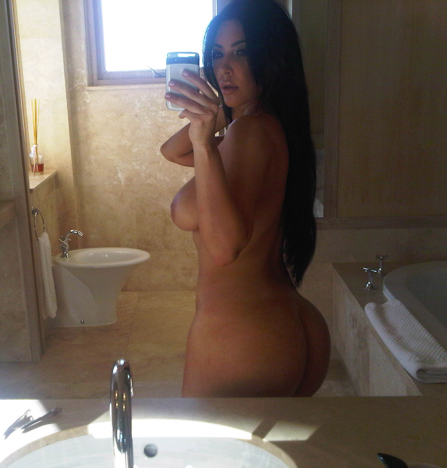 Ким Кардашян голая. Фото - 57