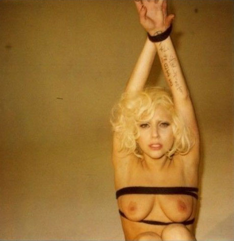 Леди Гага голая. Фото - 7