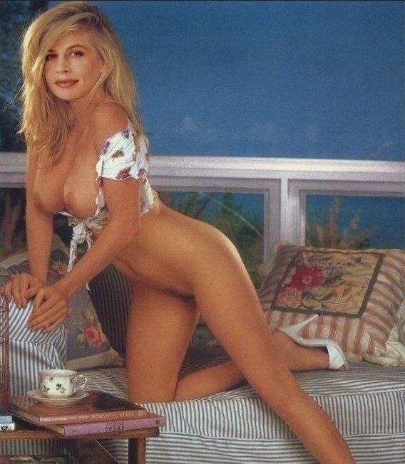 Линда Хэмилтон голая. Фото - 12