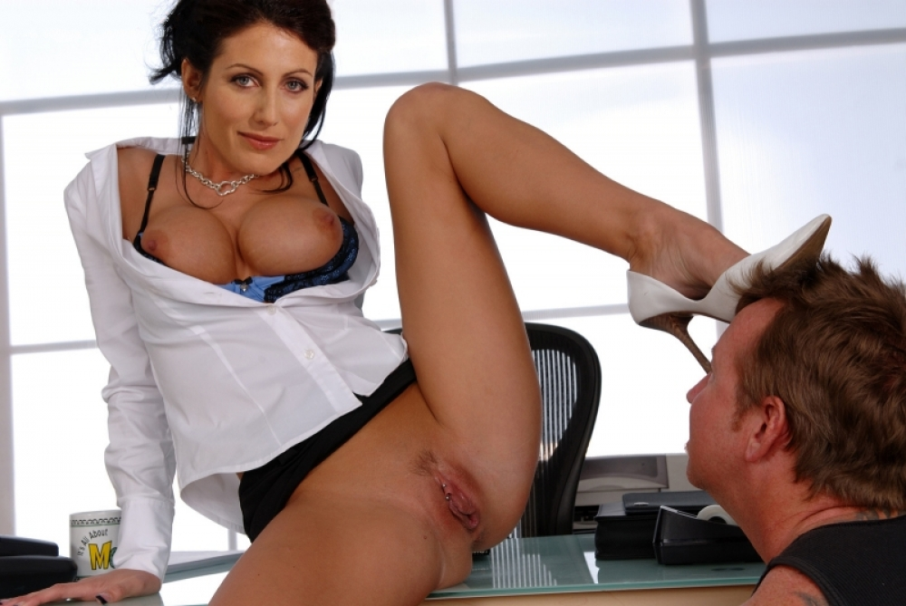 Лиза Эдельштейн голая. Фото - 1