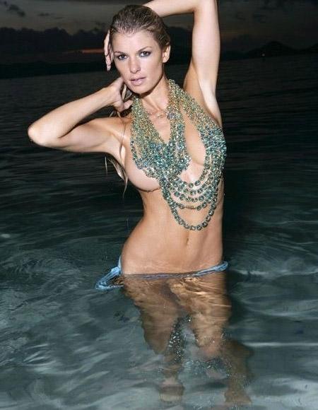 Мариса Миллер голая. Фото - 2
