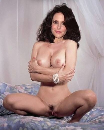 Mary-Louise Parker nude. Photo - 26