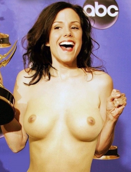 Mary-Louise Parker nude. Photo - 5