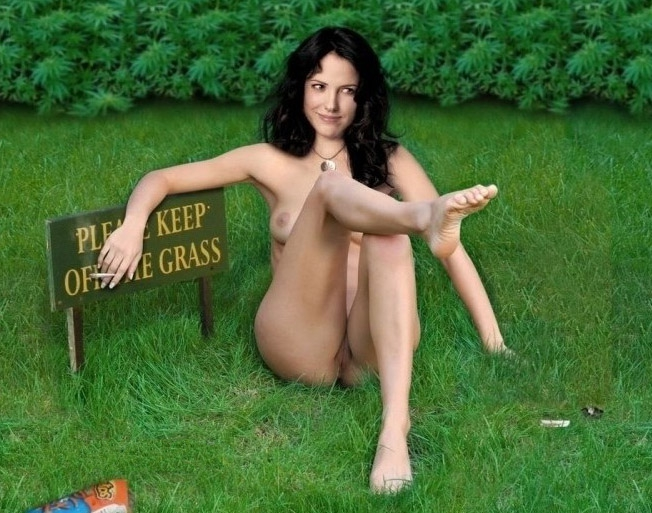 Mary-Louise Parker nude. Photo - 7