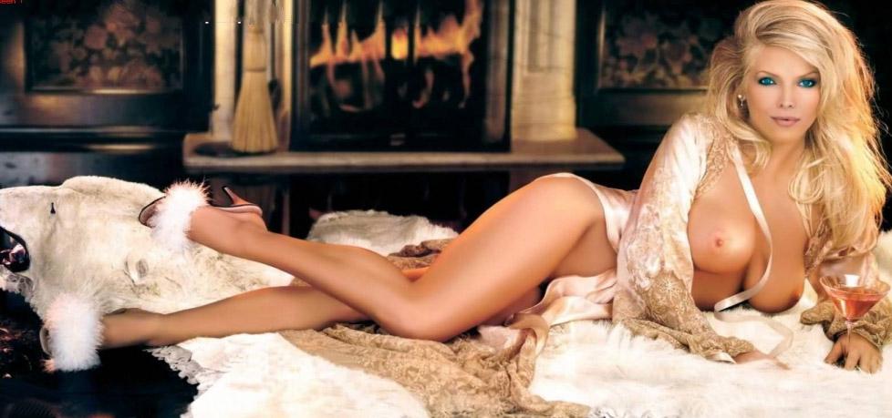 Lovely Emily Arth Playboy Paises Bajos Jul El Del Walo Pics 1