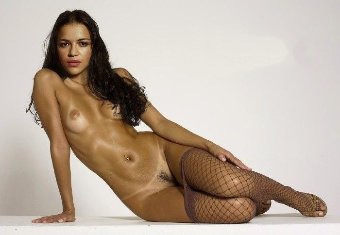 Michelle Rodriguez nude. Photo - 29