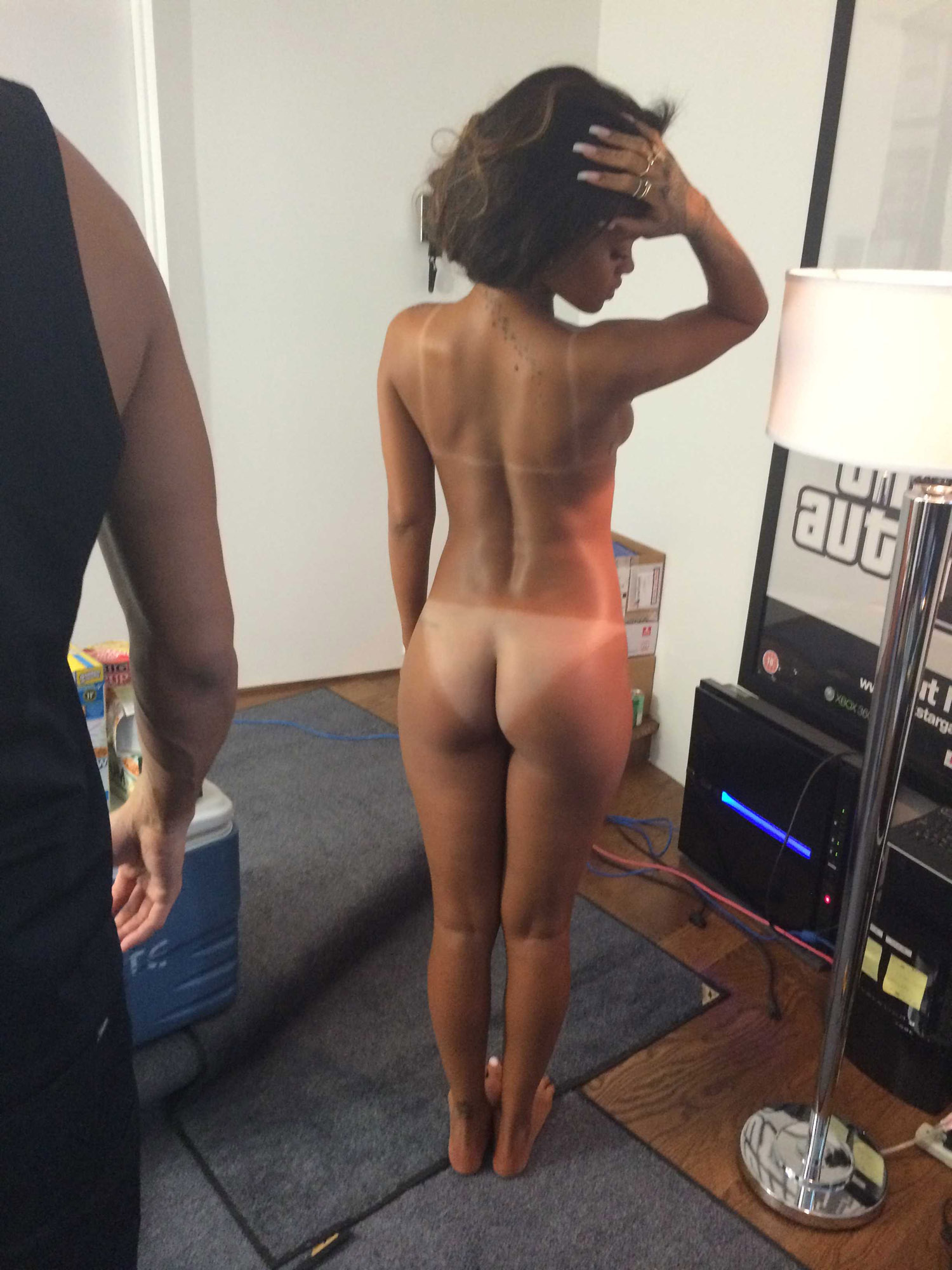 Рианна голая. Фото - 19