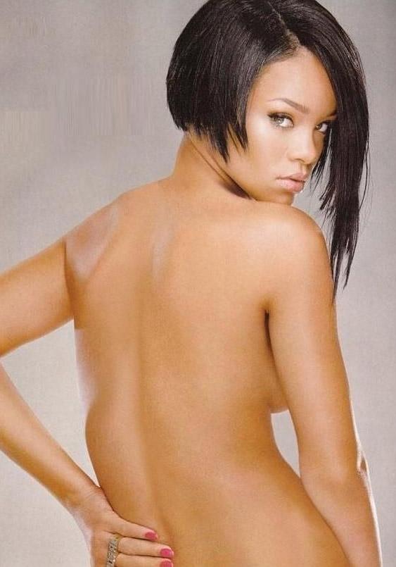 Рианна голая. Фото - 7