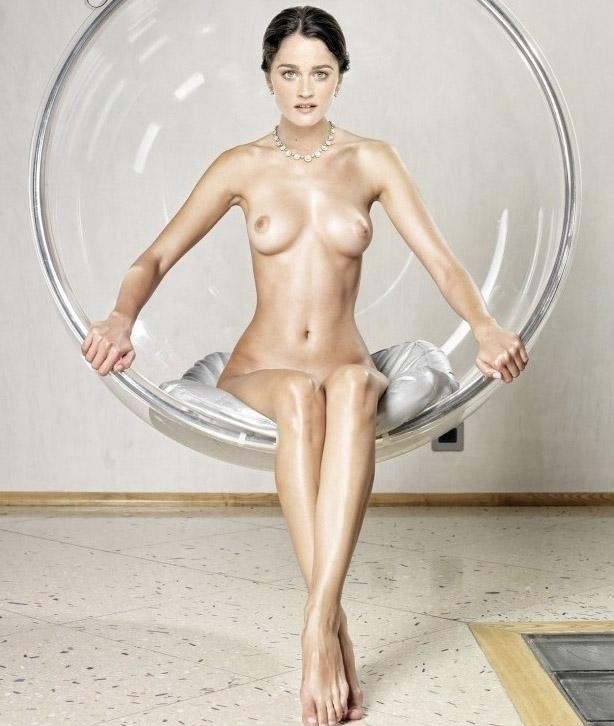Робин Танни голая. Фото - 7