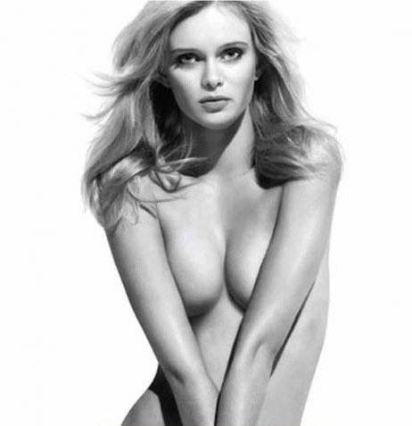 Сара Пэкстон голая. Фото - 1