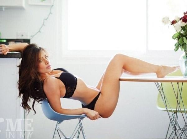 Сара Шахи голая. Фото - 12