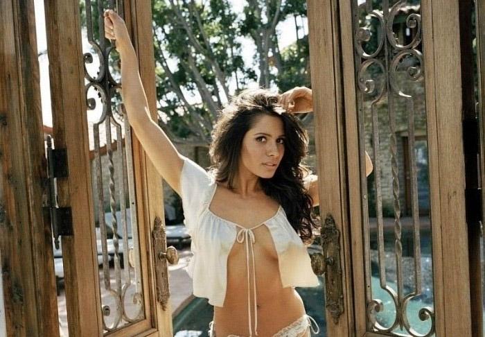 Сара Шахи голая. Фото - 17