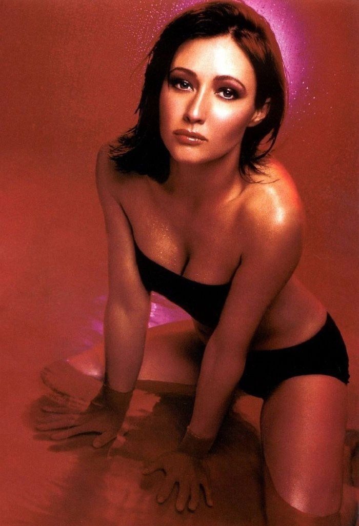 Shannen Doherty nude. Photo - 11