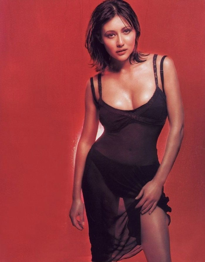 Shannen Doherty nude. Photo - 12