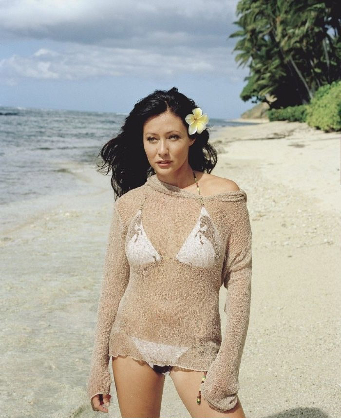 Shannen Doherty nude. Photo - 14