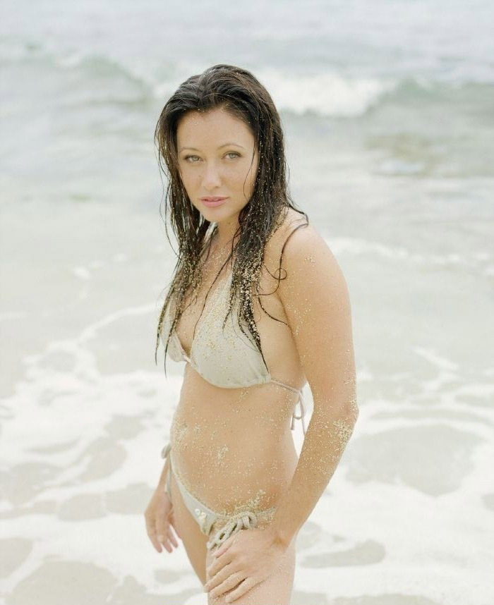 Shannen Doherty nude. Photo - 15