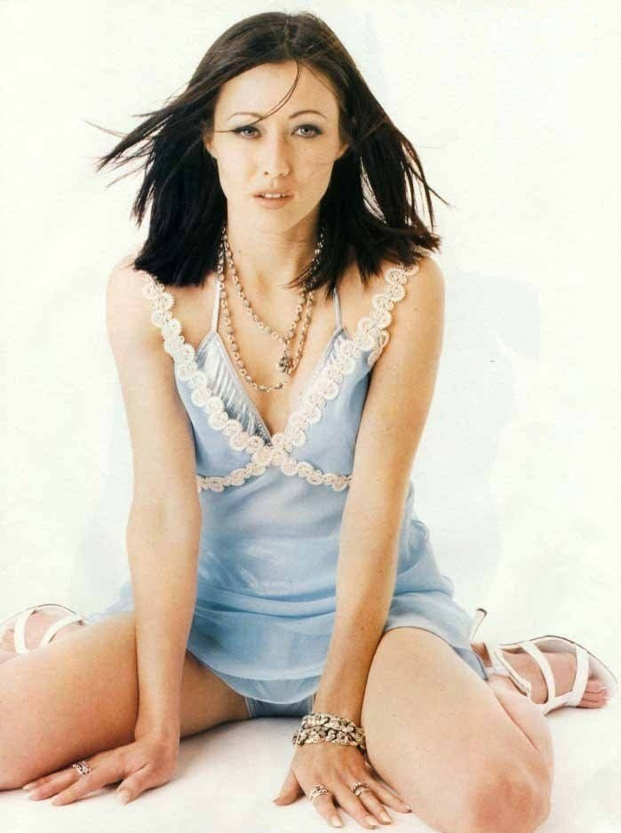 Shannen Doherty nude. Photo - 21