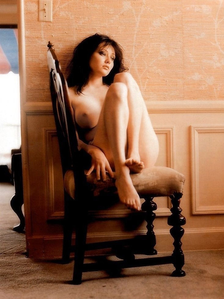 Shannen Doherty nude. Photo - 7
