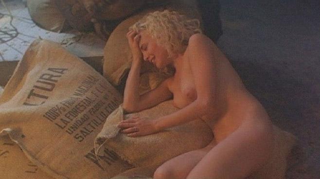 Шерилин Фенн голая. Фото - 8
