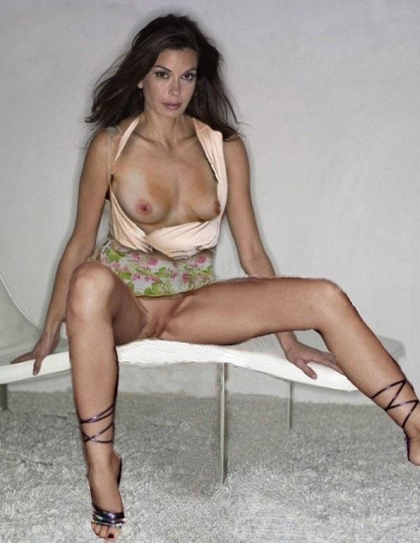 kiran-selena-nude-pictures-of-teri-hatcher-dark