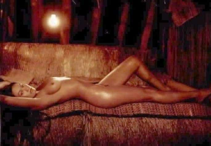 Тиа Каррере голая. Фото - 16