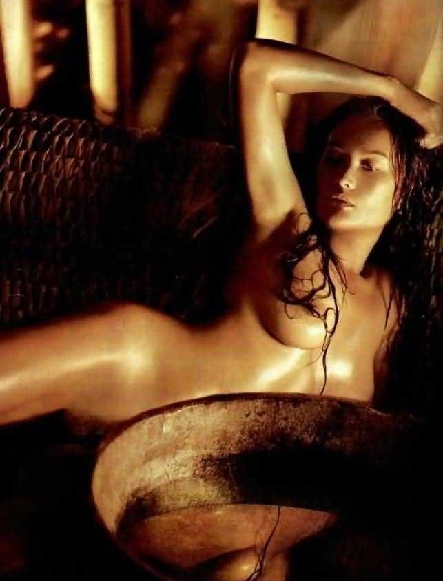 Тиа Каррере голая. Фото - 17