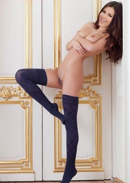 Виктория Джастис голая. Фото - 3